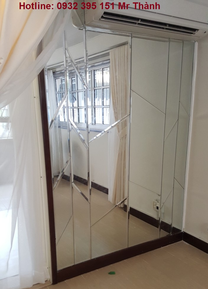 sử dụng vách kính phòng ngủ có an toàn?