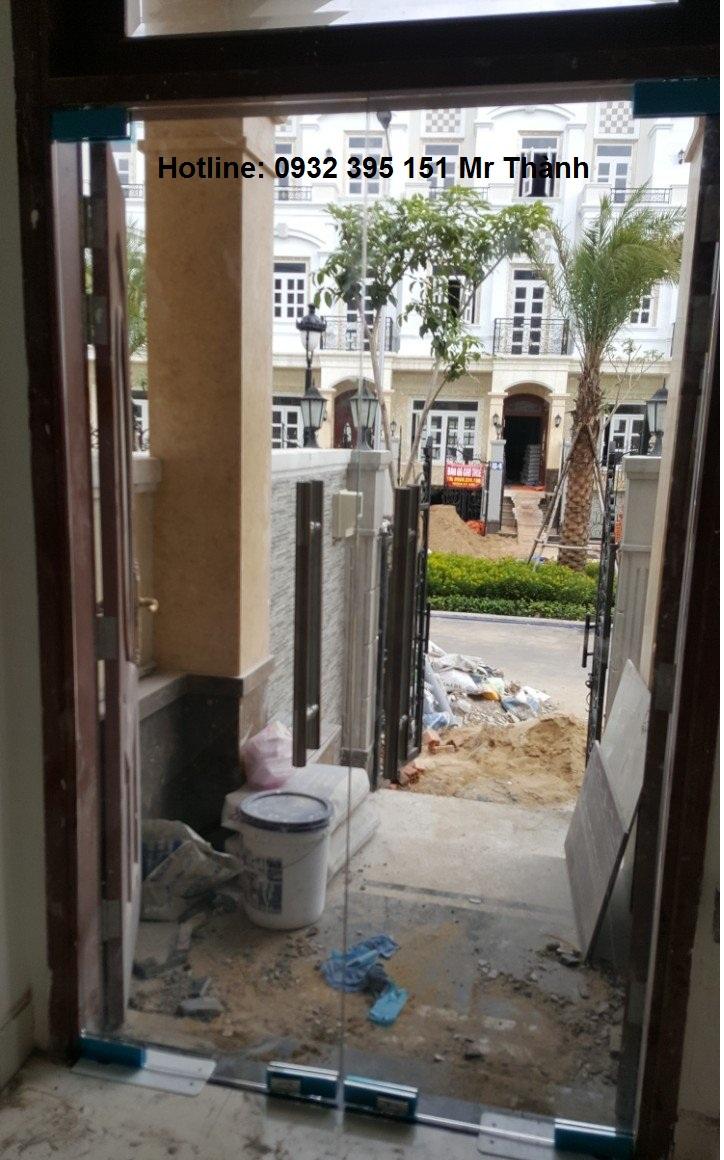 bao gia lap dat kinh cuong luc quận Phú Nhuận