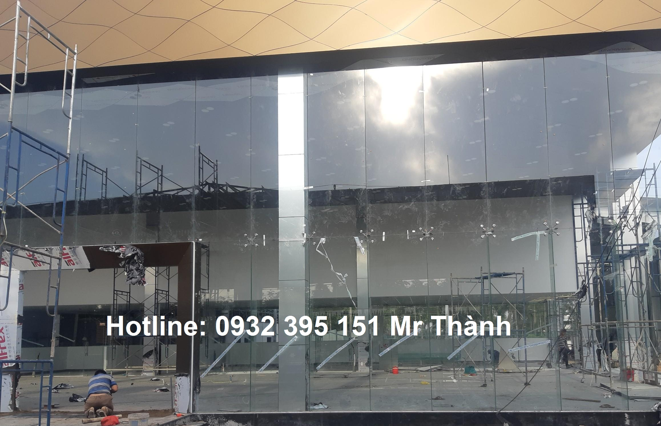 Lắp đặt vách mặt dựng quận Tân Bình