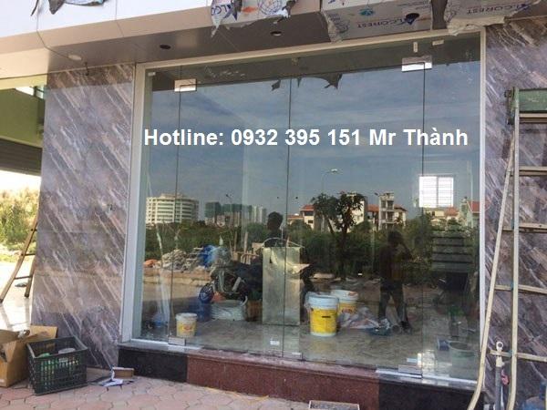 Thi công cửa kính cường lực cao cấp quận Tân Bình giá tốt nhất thị trường