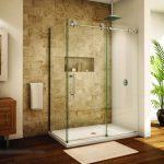 Vách kính phòng tắm vát góc tại quận 2
