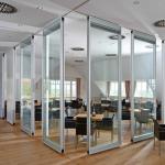 Vách kính văn phòng 10mm có an toàn?