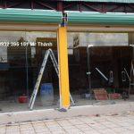 Thi công kính cường lực 12ly tại Bách hóa xanh quận Tân Bình