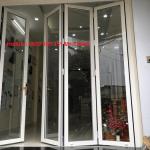 Thi công cửa lùa xếp trượt cường lực quận Tân Phú